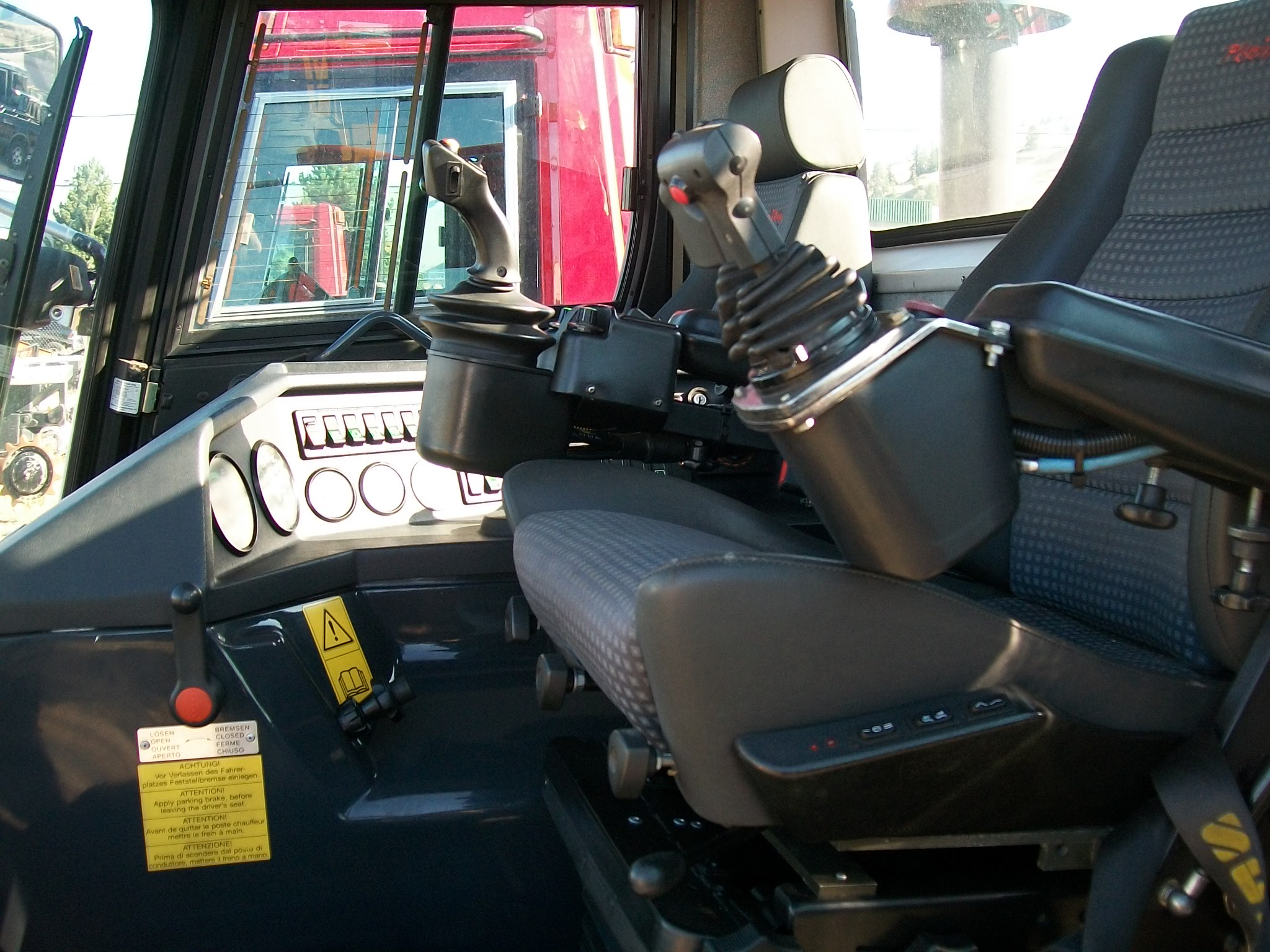 Pisten bully 100 for sale -  Park Bully Edge Interior